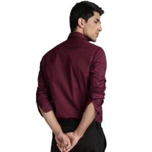 Men Solid Slim Spread Collar Casual Shirt Maroon Color