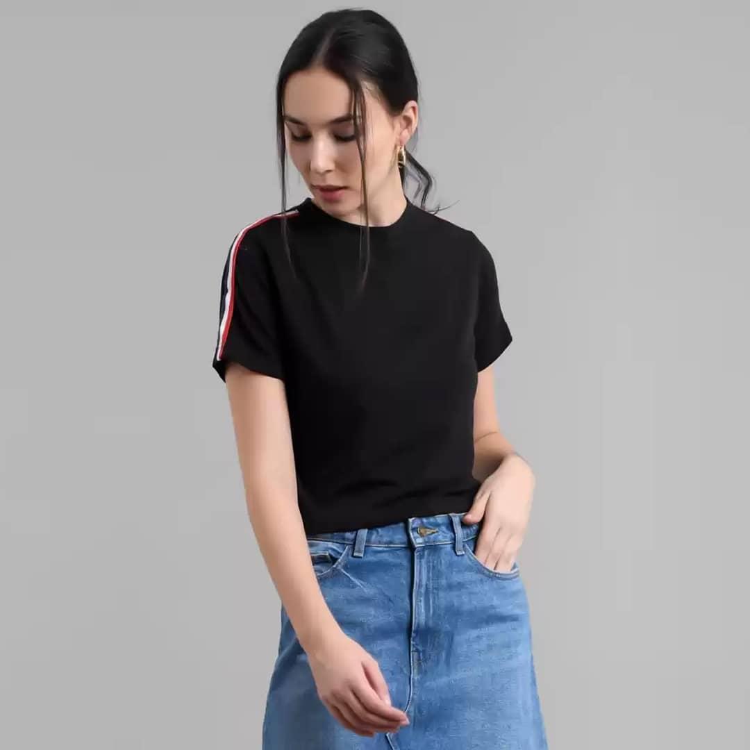 Solid Casual Regular Sleeves Women Black Top